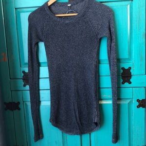 Women's Lululemon sweater